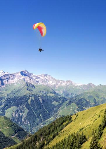 Parapente - Activité d'été à la montagne - La Giettaz
